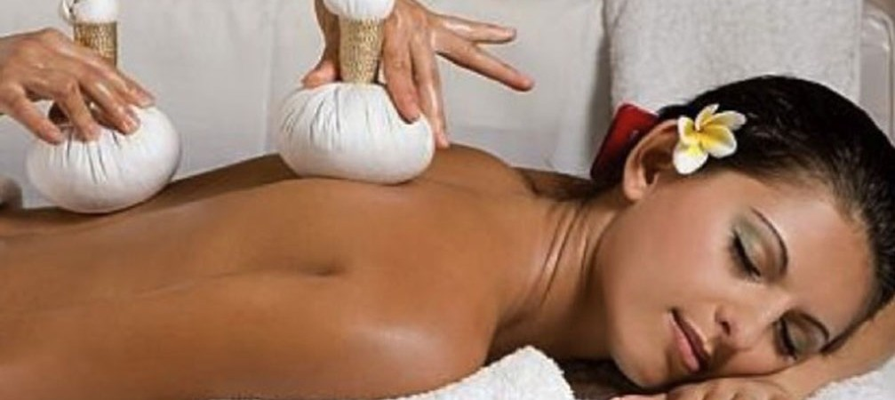 Hot Thai Herbal Massage